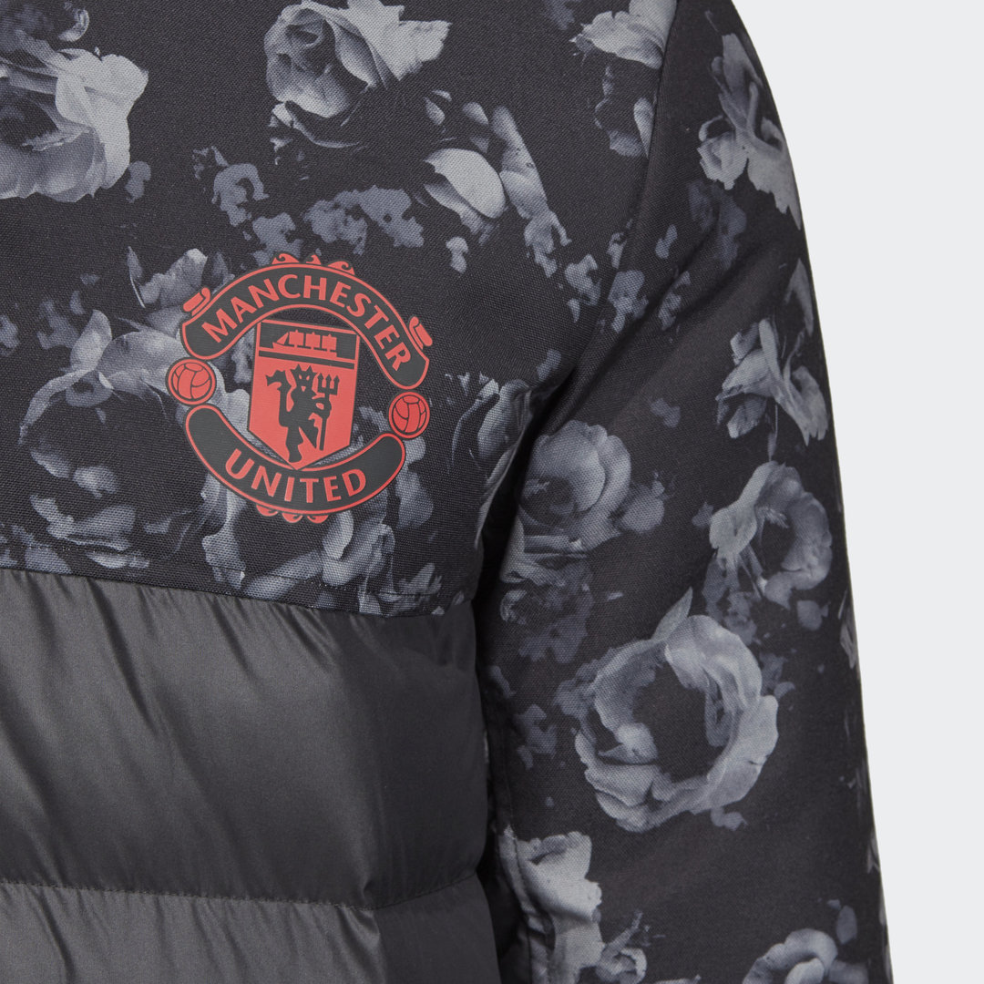 Manchester_United_Seasonal_Special_Padded_Jacket_Black_DX9066_41_detail.jpg