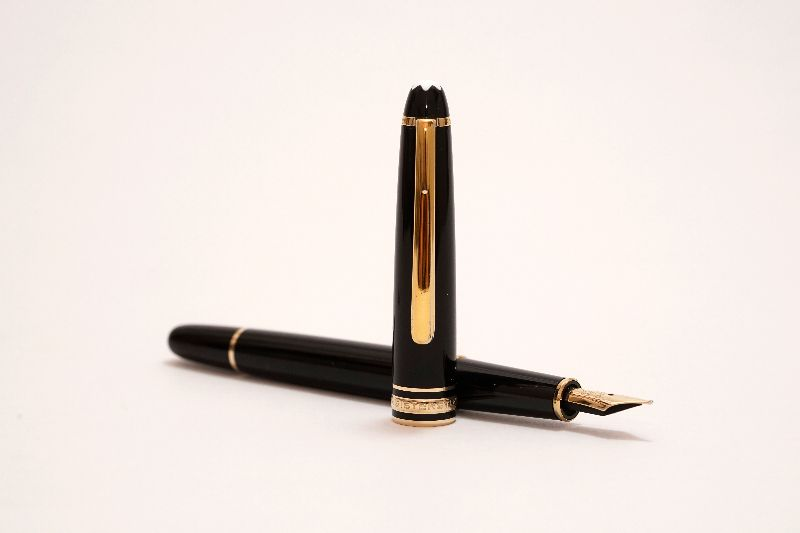 Montblanc-Meisterstuck-144-Classic-FP-4.jpg