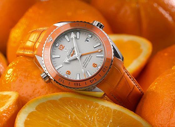 OMEGA-Seamaster-PO-Orange-Ceramic_560.jpg