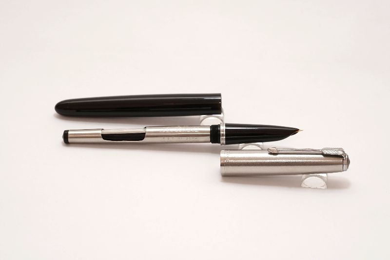 Parker-51-Aerometric-Black-Stainless-Steel-Cap-7.jpg
