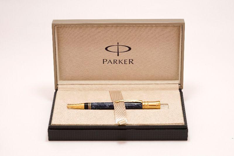 Parker-Duofold-Centennial-Blue-Marble-b.jpg