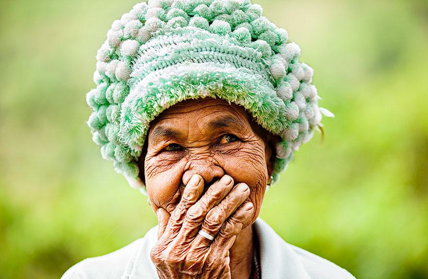 portrait-photography-hidden-smiles-vietnam-rehahn-4.jpg