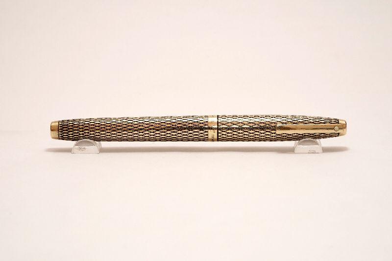 Sheaffer-Imperial-Sovereign-14KT-Gold-Filled-Diamond-Guillochè-g.jpg