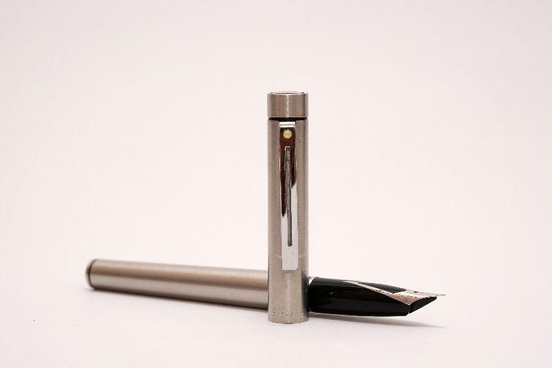Sheaffer-Targa-1001-Stainless-Steel-2.jpg