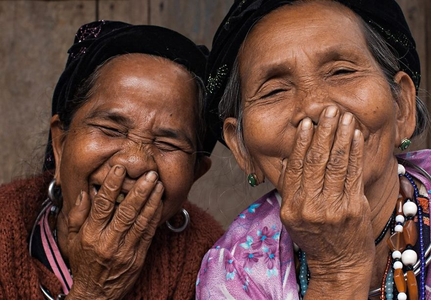 The-hidden-smiles-from-Viet-Nam1__880.jpg